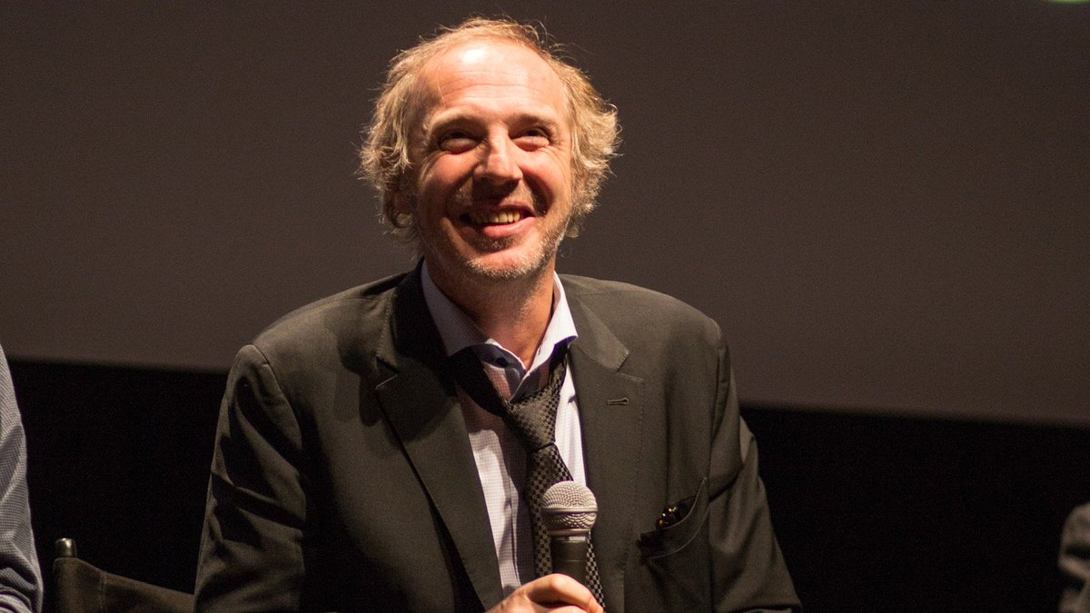 On this week&#39;s The Close-Up, @arnaudesplechin discusses his shape-shifting drama ISMAEL&#39;S GHOSTS, held over again!  https://www. filmlinc.org/daily/the-clos e-up-arnaud-desplechin-talks-ismaels-ghosts/ &nbsp; … <br>http://pic.twitter.com/Cv2o12lTxY