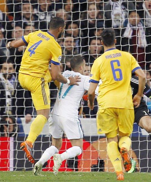 Topic para contabilizar los robos del Real Madrid - Página 4 DaiBnWBW0AACzvi