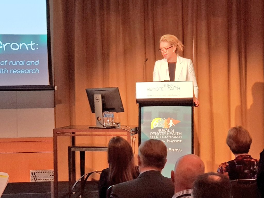 Speaking at the 6th Rural and Remote Health Scientific Symposium. Everyone in the regions knows we have a big distribution problem - we need more doctors and health professionals training in the regions to encourage them to stay in the regions #6RRHSS #RuralHealth<br>http://pic.twitter.com/pI0RXpVmxE