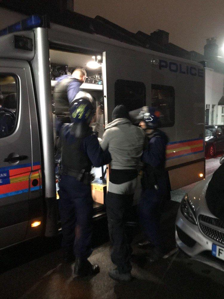 Nine arrests during Met crackdown on violent crime in west London #Greenford #Fulham https://t.co/ORv2aA8QXs https://t.co/DRRkxMkY4y