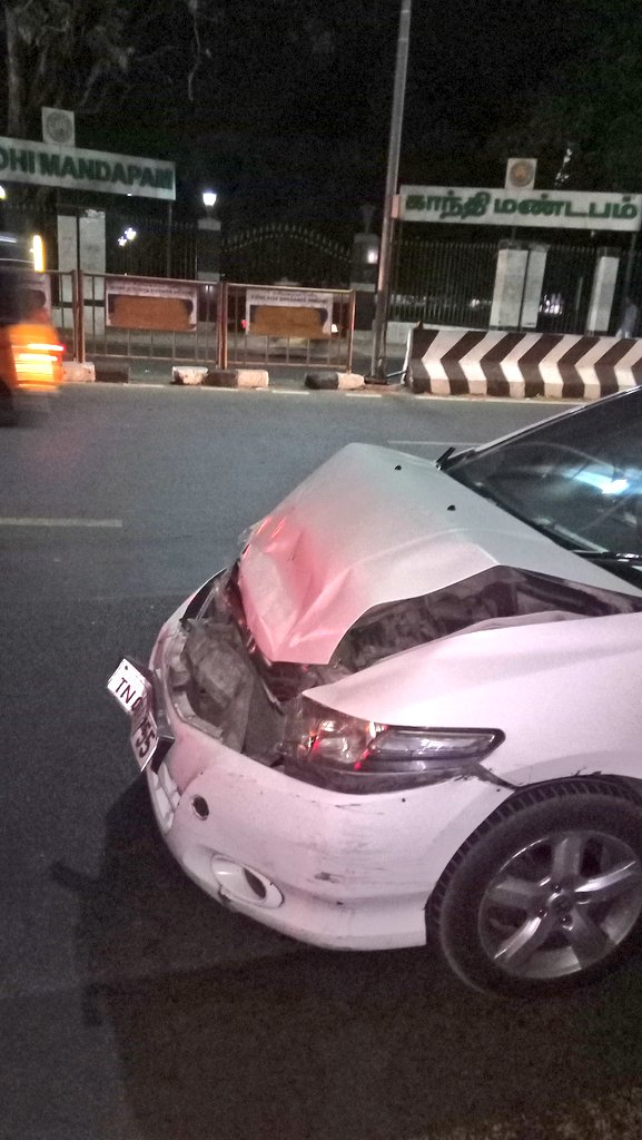 We Nearly Edged The Risk Of Our Life, Ur Life Support System (air Bag)  Proved Useless Is This The Quality You Provide?pic.twitter.com/LKYnyRCgfa