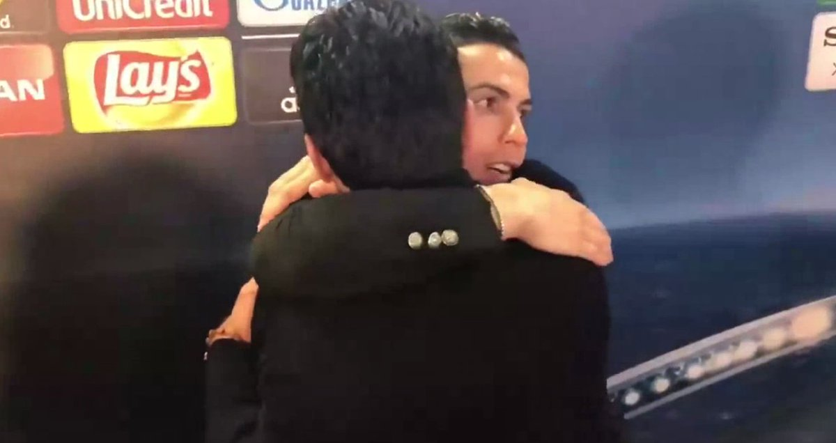 Ronaldo və Buffon dünənki oyundan sonra (foto)