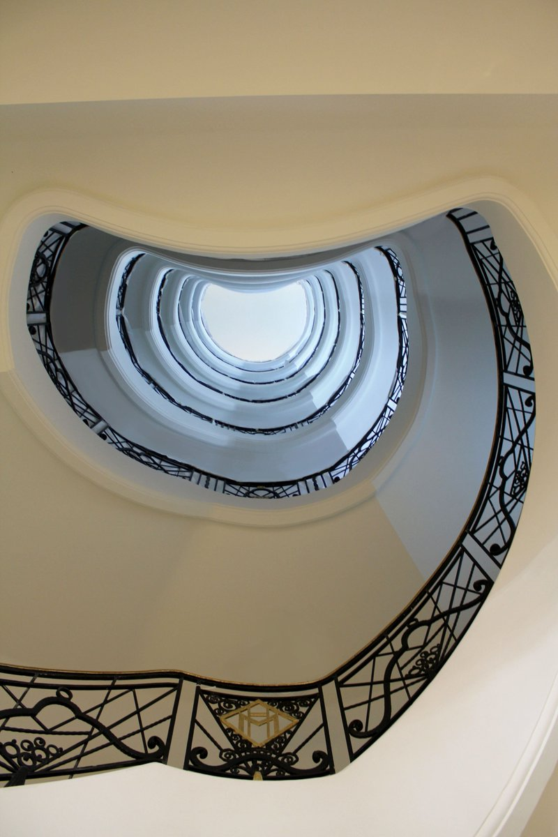 Is This Most Photographed Sign In >> Hotel Martinez On Twitter Cannes Second Most Photographed Stairs