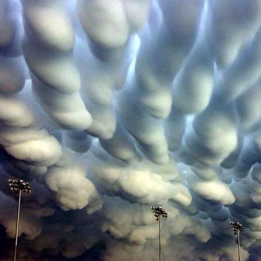 Mammatus clouds over Nebraska after a tornado 💌