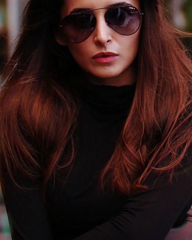 Looking super hot in our classic aviators is @ShethJinita #IDEEeyewear #IDEE #IDEEfamewear #Famewear<br>http://pic.twitter.com/oiHNTF19lp