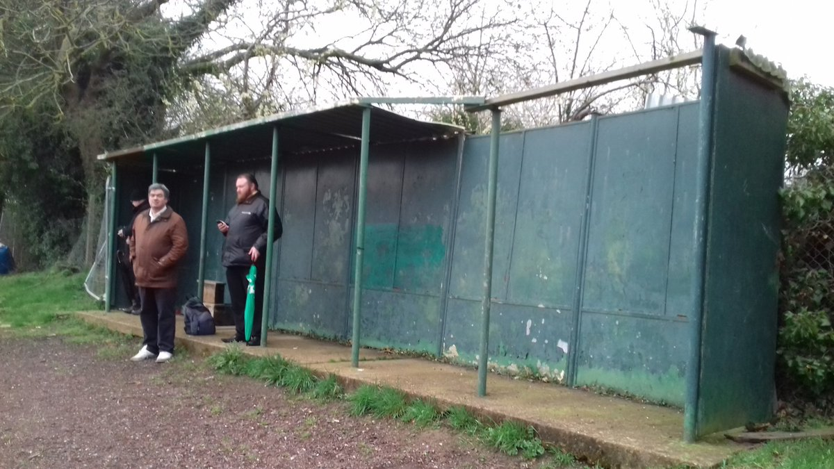 Home-made main stand at @fobgfc tonight  @KCFL_News @KCFL_News @KentFA @fcbusiness @NonLeagueCrowd @footballtrav @Anarey_NLP @NL_Matters @sammatterface @TheNonLeagueMag @ScotsFootyCards @raystubbs @adrianjclarke @Pitchero @footygrounds @footballgrounds