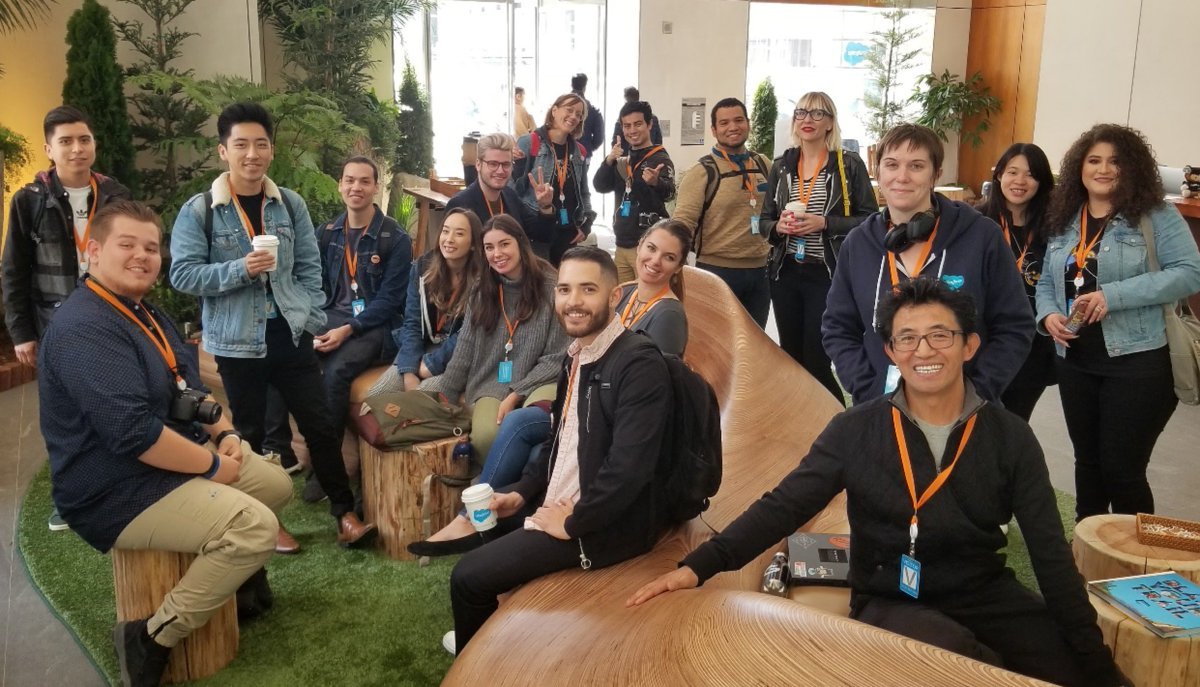 #OaklandDigital design students @Salesforce learning about UX! App project ideas: Environment, Smart Cities, Education. Process: 1) Discover, 2) Define, 3) Decide, 4) Prototype, 5) Evolve. Exclusive #BRIDGEGOOD event, join us at  http://www. bridgegood.com  &nbsp;   | S/O @SalesforceOrg!<br>http://pic.twitter.com/29UYpo4oP4