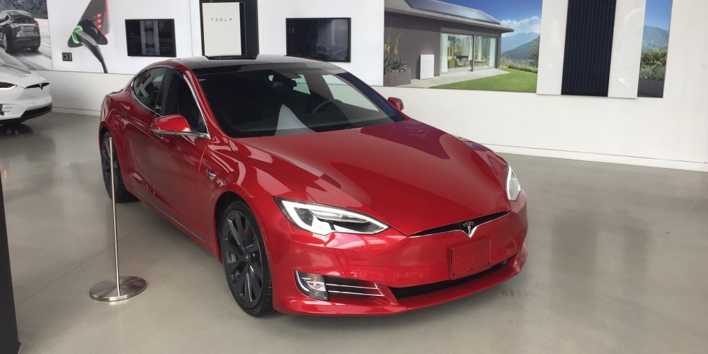 Biggest tesla latest news breaking headlines and top for Largest mercedes benz dealer in usa