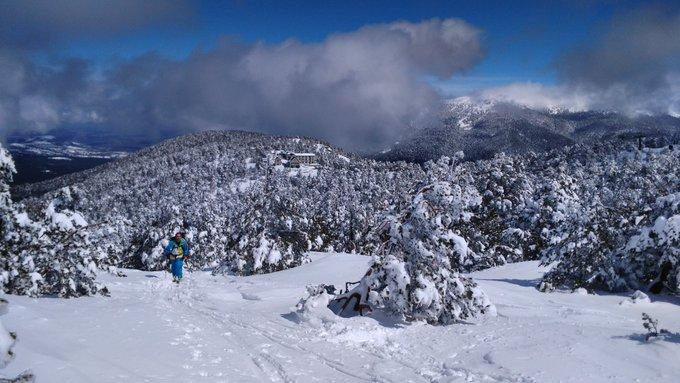 Dia de los que hacen afición junto a @110ski por nuestras montañas! La sierra está cargada como pocas veces ha estado, a disfrutarlo! 😱