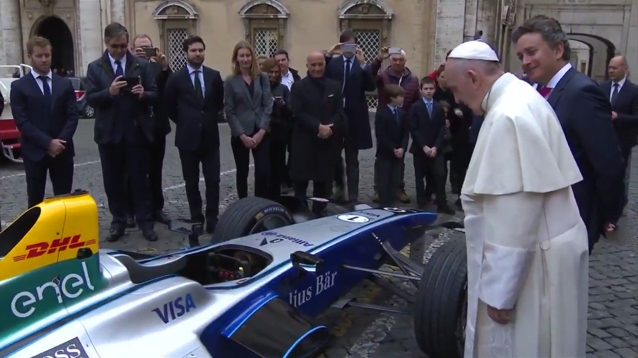 Pope blesses Formula E electric racing car https://t.co/b8nNAzoaBW