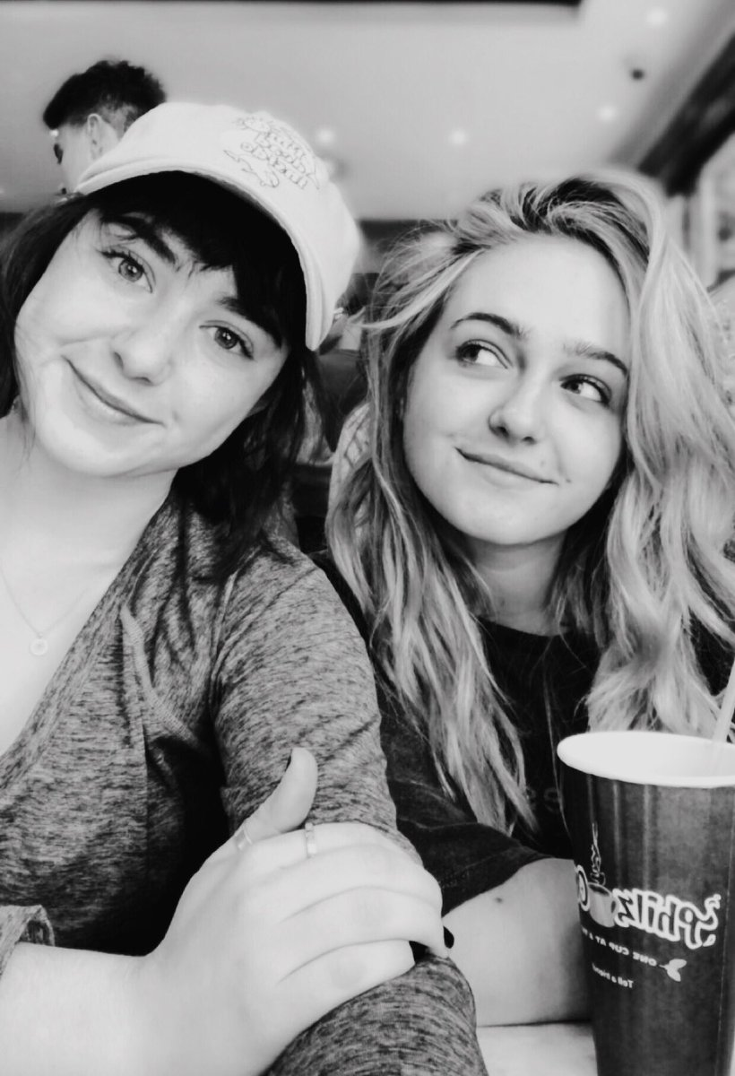 so what if @Sophie1Reynolds and I have photo shoots in @PhilzCoffee so what