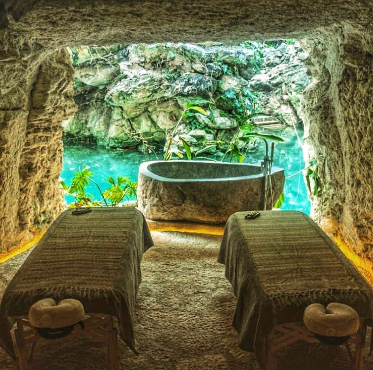 There are spas.. and then there are spas in caves with rock soaking tubs and views of crazy blue water. This is the spa at @hotelxcaretmexico and I am dying to visit! #spatravel #mexico Let us help you find your zen! // info@caribbeanjourney.com<br>http://pic.twitter.com/3E5P7em4EX