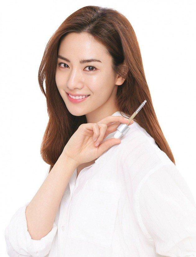 [Update Chara] : Nana is the new model for MISSHA (미샤) http://news.hankyung.com/article/201804134901g#Redyho…