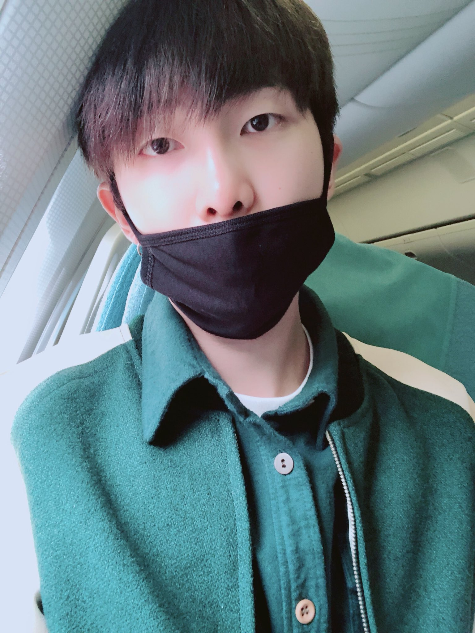 ☁️☁️✈️ #RM https://t.co/Res7claZEP