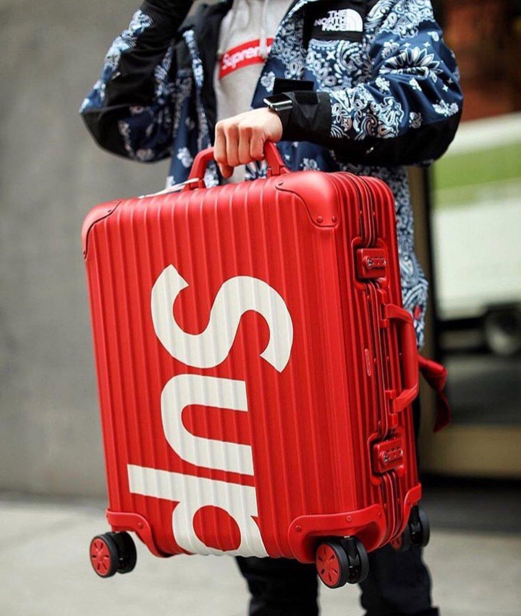8c44c366a Supreme/Rimowa Suitcase Week 8 📸 pic.twitter.com/o3TIBN9t1i