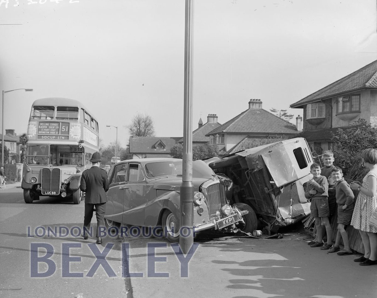 """Bexley Archives on Twitter: """"#Friday13th ? Oops! An unlucky day for this #Sidcup Roller driver? But note the #bus number plate – Luc88!"""