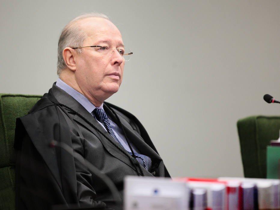No STF, ministro Celso de Mello segura há 10 anos ação contra deputado acusado de corrupção https://t.co/t3WVCdXGY3