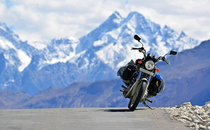What Should You Look For While Choosing The Motorcycle Renting Service