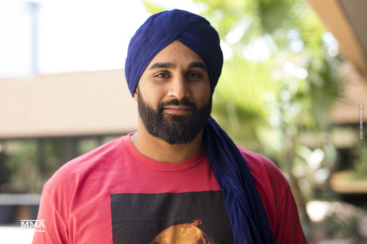 We spoke to @TheOneASB about the significance of the turban to Sikhs and being the first to wear it to the Octagon  youtu.be/XJYfpLUtBMA