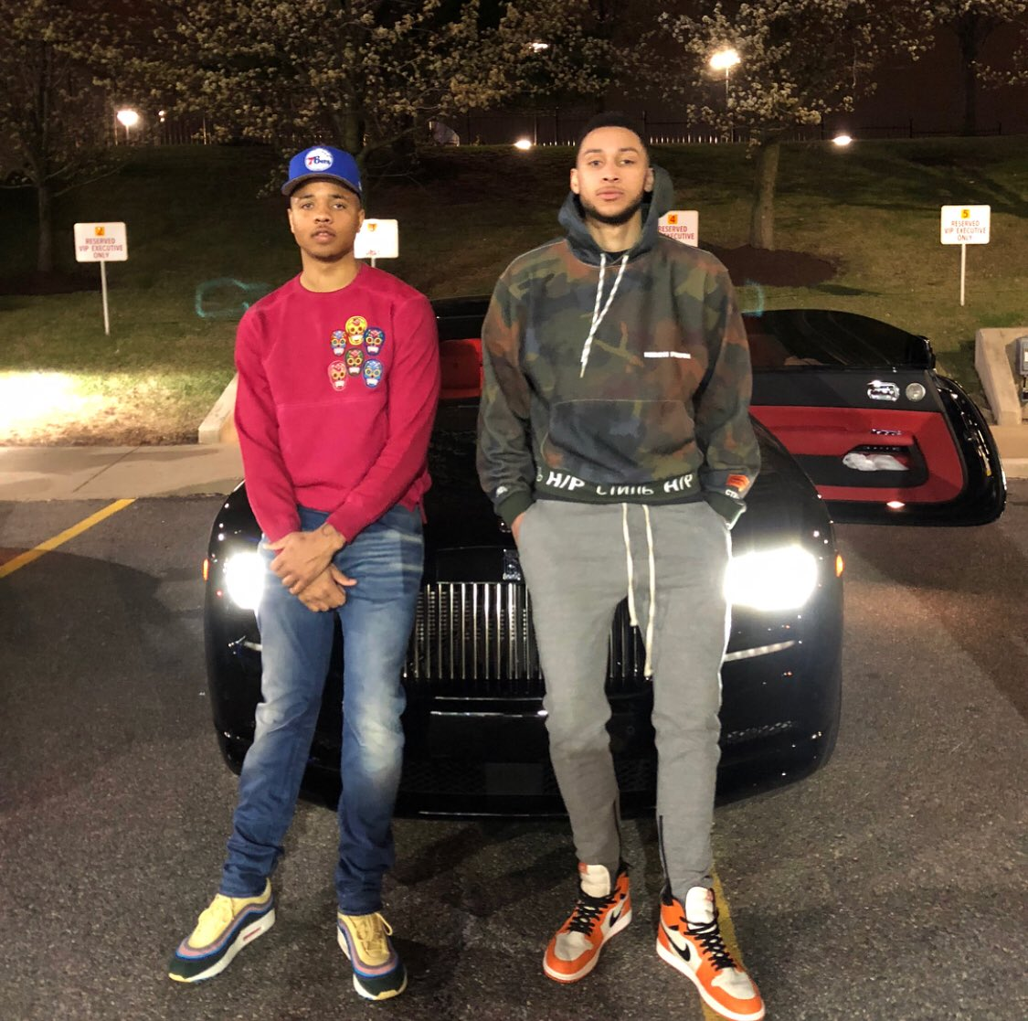A couple of #CourtsideCertified rookies #NBAPlayoff bound 👟👟.  📸: Ben Simmons/IG