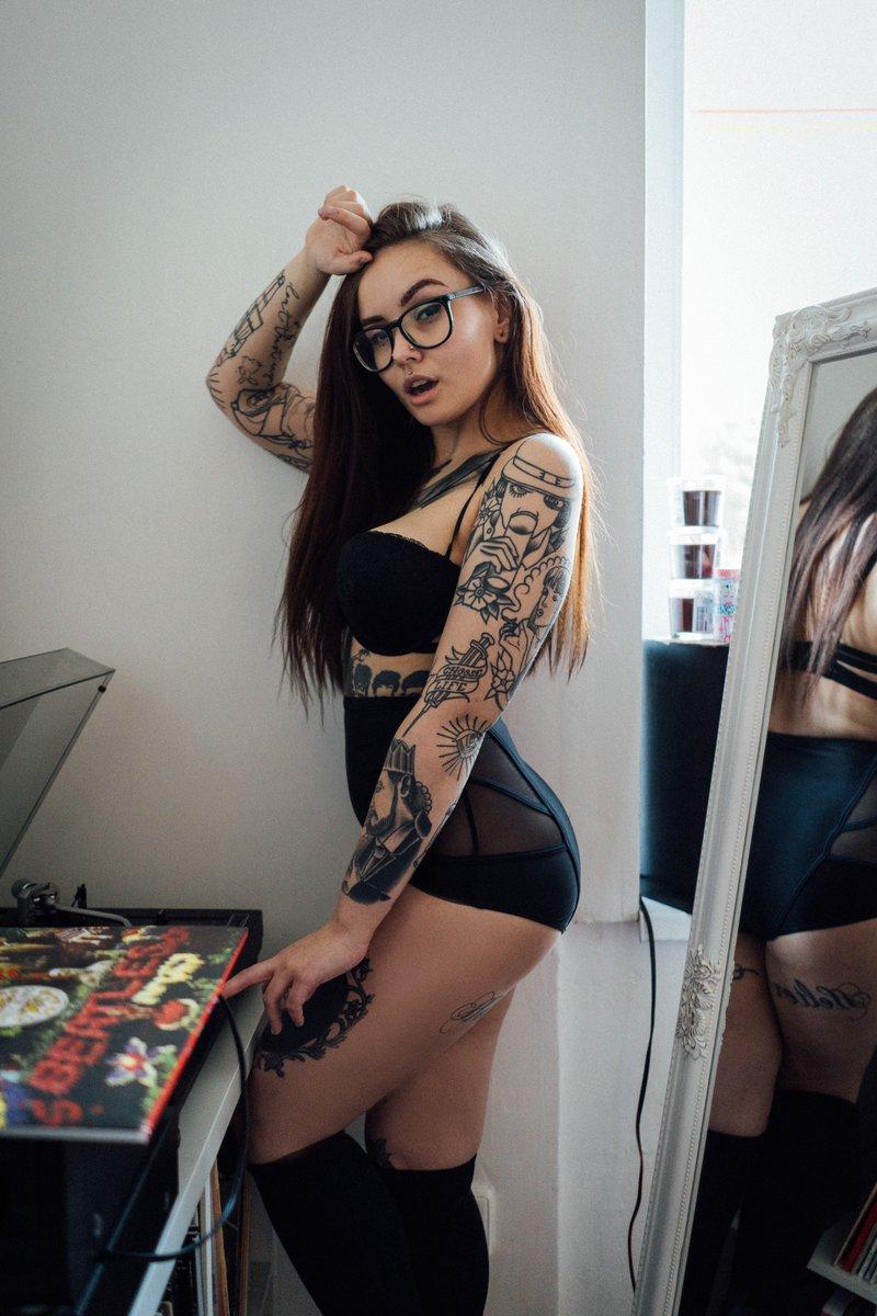 Hot metal girl