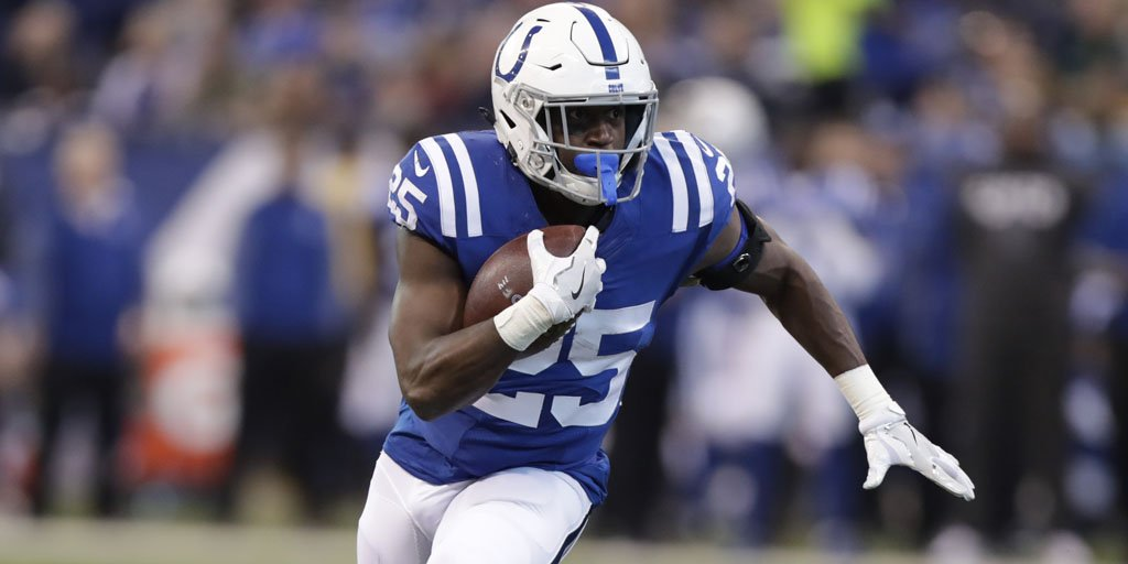 Running back Marlon Mack motivated to take over Colts' 'top dog' role https://t.co/xGDOzt9qUE https://t.co/xXrcxDL2Ve