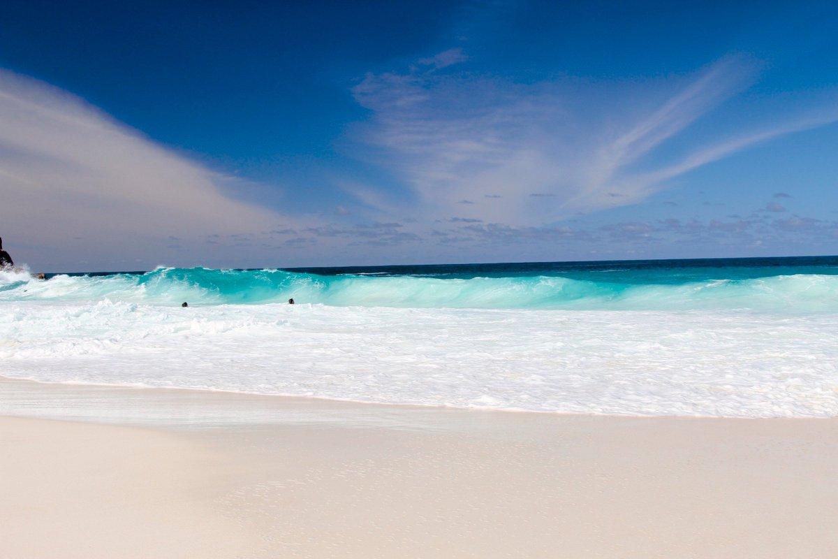 Innovation Drives Seychelles Blue Economy Approach  https:// bit.ly/2IR5xUk  &nbsp;   #NatCapHub #BlueEconomy #Conservation #Debt #Fisheries #Innovation #MarineProtectedArea #Oceans #Seychelles #Value via @theGEF / @NaokoIshiiGEF<br>http://pic.twitter.com/onZQ6QCm6p