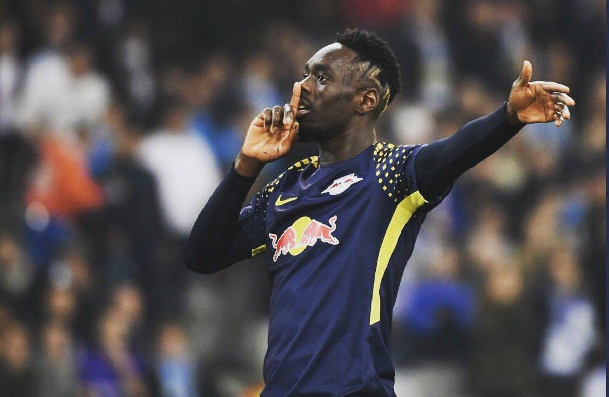 Ligue Europa : Jean-Kevin Augustin la joue fair-play