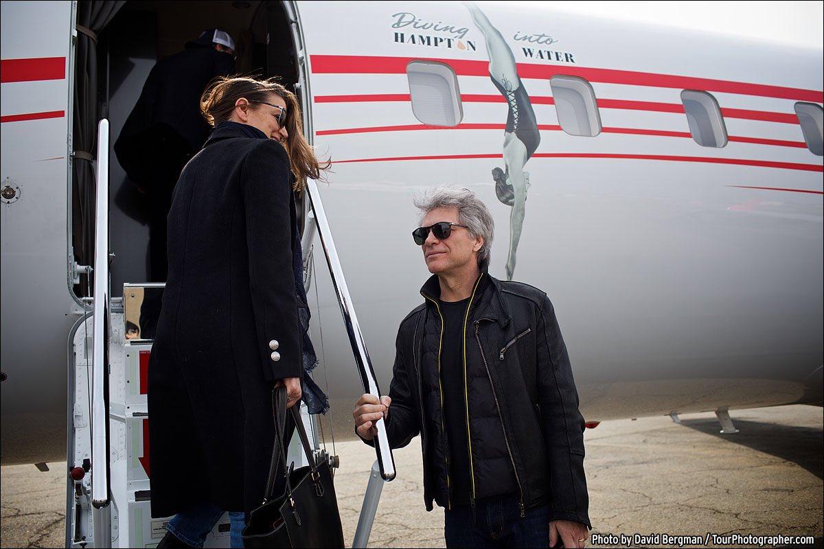 On the way to Cleveland. Let's go! #BonJoviRockHall #rockhall2018 https://t.co/UNhduSkkmK