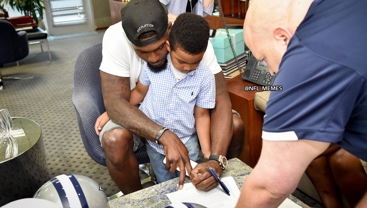 All Dez Bryant had to do was sign the contract, but he kept dropping the pen