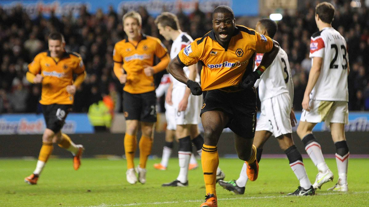 Who doesnt have a lot of 💛 for this man? @georgeelokobi will be the halftime guest at tomorrows game against @BCFC. #DoTheElokobi   🎥👇