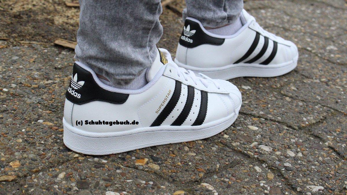 Mehr dazu findet ihr im Blog, Review kommt später auf #YouTube :D #Adidas  #Superstars #Sneaker #Sneakers #Schuhe #Schuhtagebuchpic.twitter .com/0I1pDNGNtY