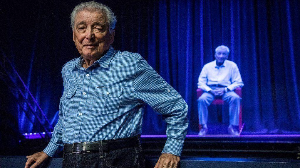 """""""My job is to go around all over and try to convince people to stop hating each other."""" Aaron Elster, one of the Chicago area's most visible and eloquent Holocaust survivors and social activists, died Wednesday at age 86 trib.in/2GYGTRb"""