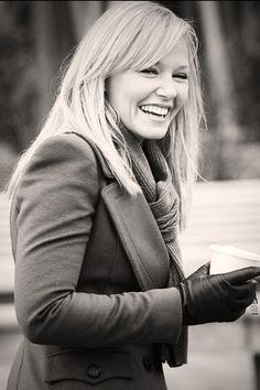 Happy Birthday to Kelli Giddish who is a hard working woman that plays Detective Rollins on Law And Order SVU