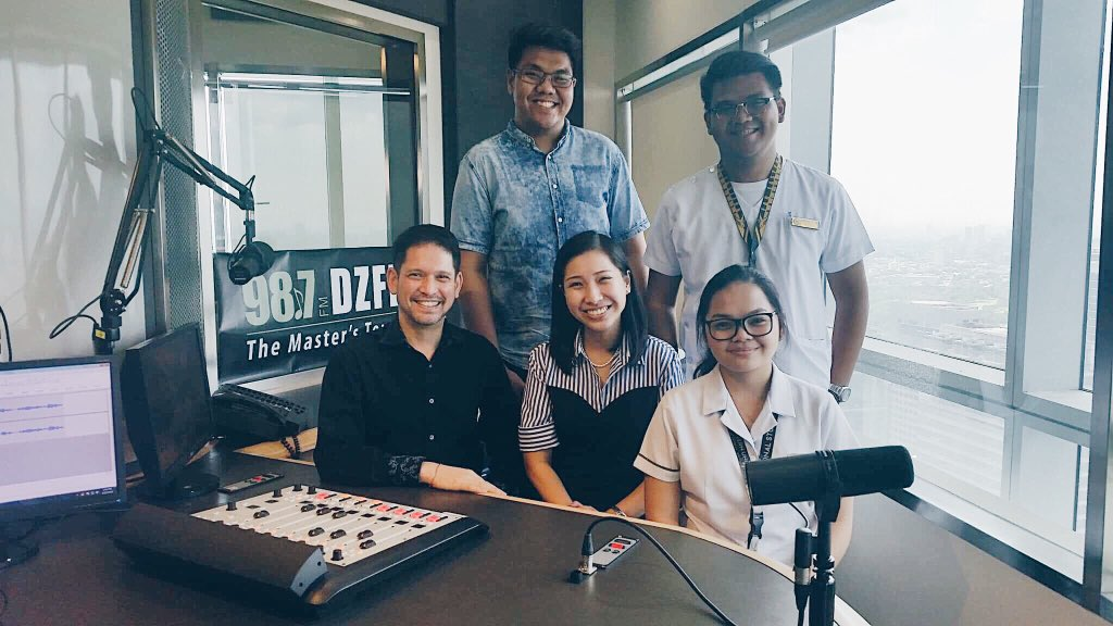 Tune in to 98.7 FM, DZFE's Maestro Filipino program today at 4PM to hear the interview with members of the FEU Chorale and Mr. Martin Lopez plus music from Musica FEUropa 9 winners! #musicafeuropa #dzfe #mf10 @musica_feuropa @feuchoralepic.twitter.com/pF025tAL6O