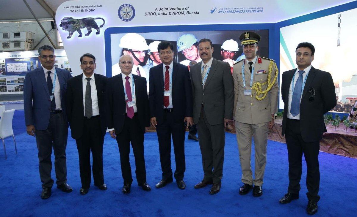 اهتمام مصري بصاروخ BrahMos المضاد للسفن Datx2jiW4AIKKoo