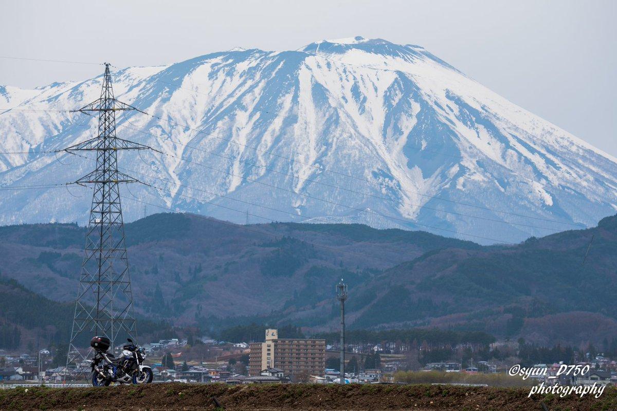 やっぱり岩手山は壮大だ  #おいでよ岩手 #おいでよ盛岡 #岩手山 #yamaha #mt25 #yamahaが美しい #バイクのある風景 #ファインダーの越しの私の世界