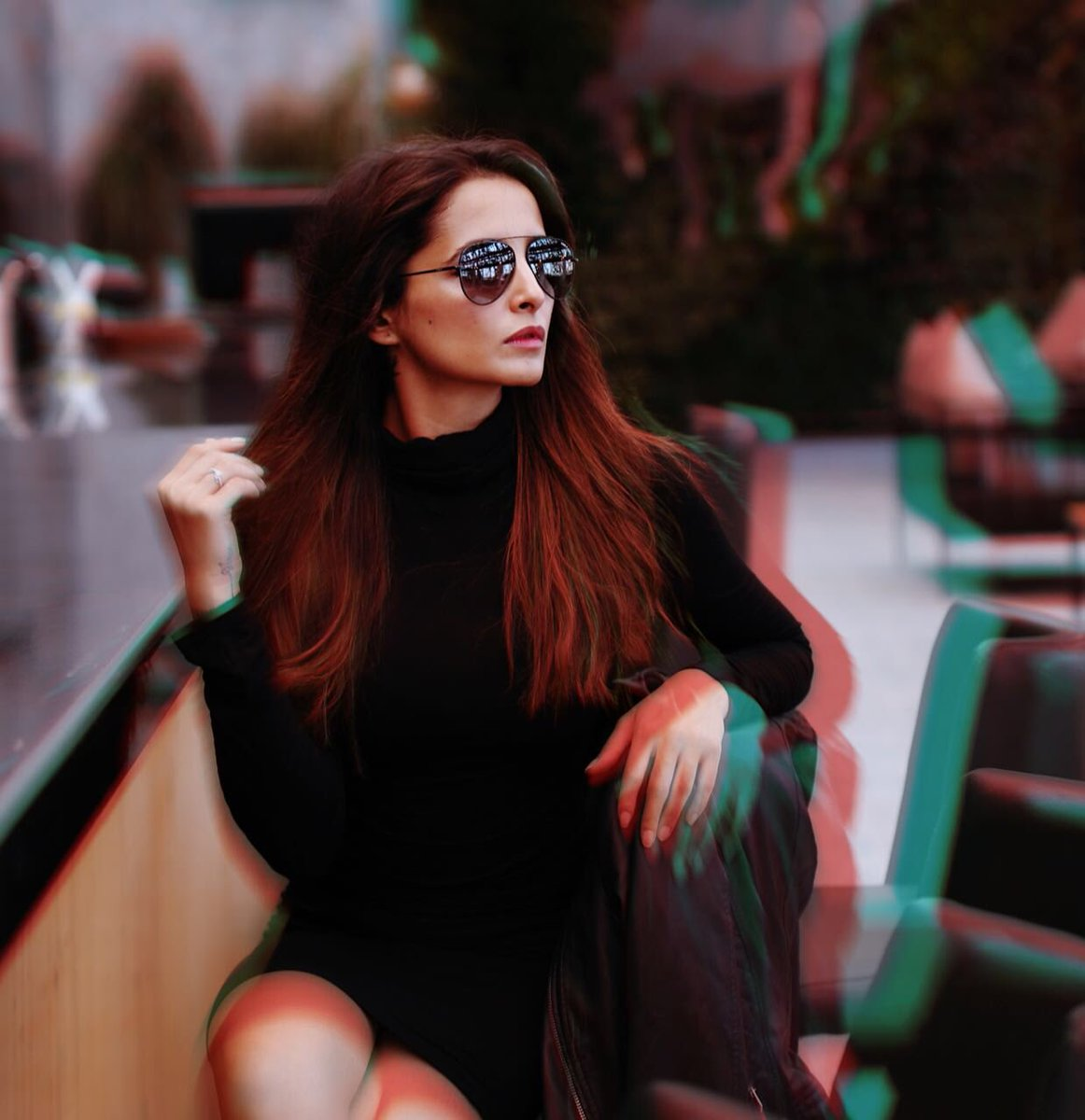 Summer or winter black aviators never go out of style! As seen on @ShethJinita #IDEE #IDEEfamewear #IDEEeyewear #Famewear<br>http://pic.twitter.com/HIIdalIP5d