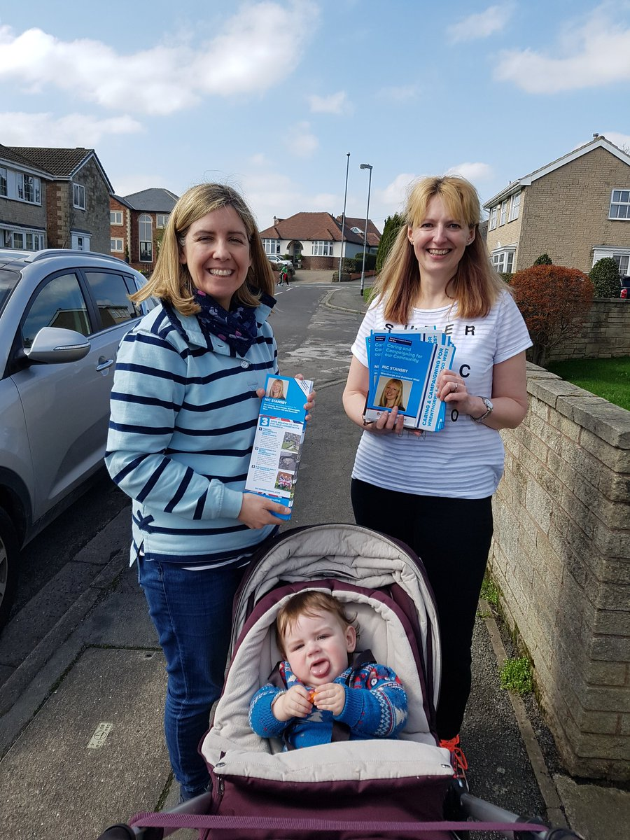 More campaigning this afternoon for our fantastic candidate for #Wrenthorpe and #Outwood West @WakeyNic Great support on the doorstep for Nic. #ToryCanvass<br>http://pic.twitter.com/f1M7qARs99