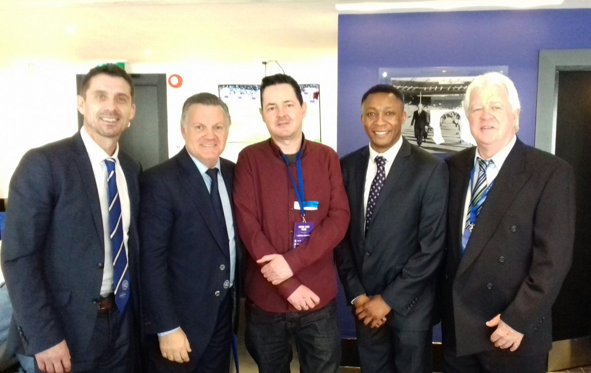 Great for me to catch up with past QPR stars Wayne Fereday, Andy Sinton, Chris Kiwomya & Mike Flanagan at Loftus Road today   @QPRFC @WayneFereday @AndySintonQPR @fcbusiness @EFL @ScotsFootyCards