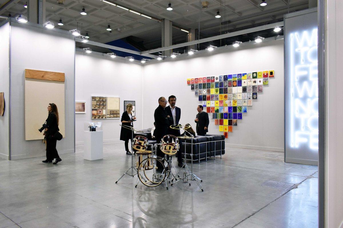 #miart2018 #Masters Installation view at #GalleriaFumagalli presenting #VitoAcconci, #JimDine, #PieroGilardi, #MaurizioNannucci, #DennisOppenheim, #GiulioPaolini, #GinaPane, #AnneandPatrickPoirier, #KeithSonnier, #RichardWilson and #GilbertoZorio.<br>http://pic.twitter.com/LBlX7DFPfj