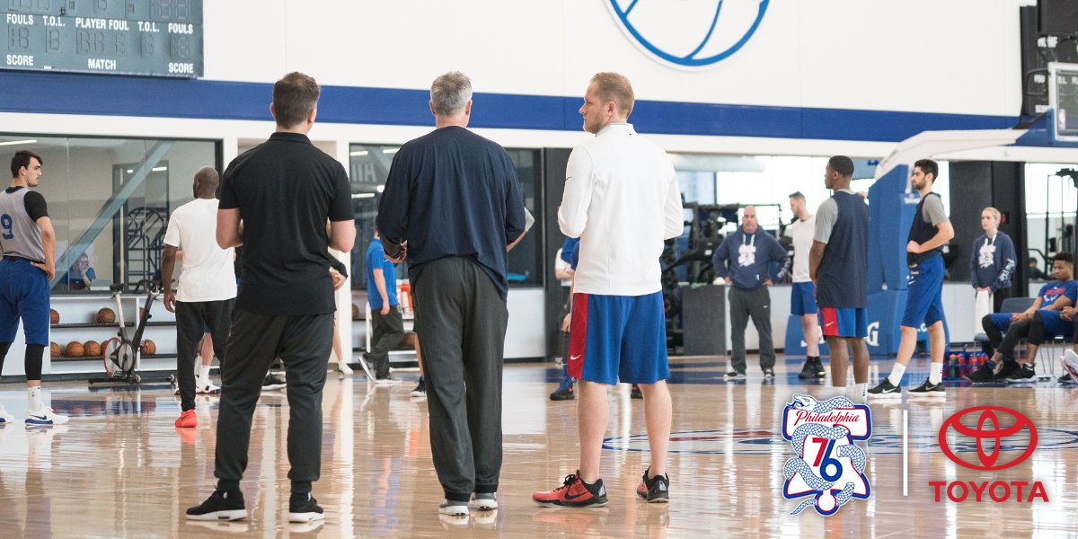 For Team on Roll, Culture Holds Key to Chemistry  via @brianseltzer, https://t.co/85BfY3UN4e https://t.co/6btqqVzZMQ