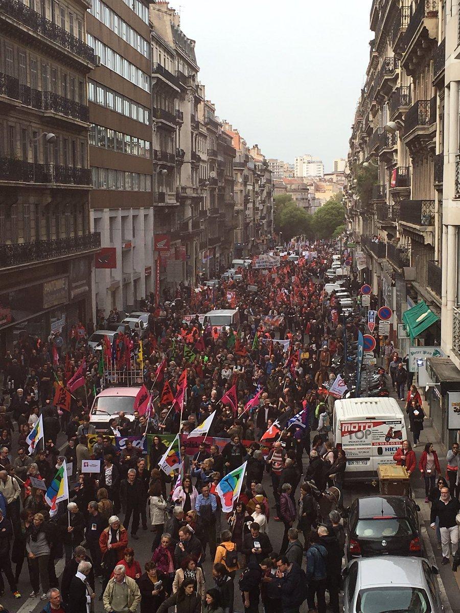 Le 14 avril à Marseille, tous ensemble pour dire «Stop Macron» DawAkDeWAAADyPN