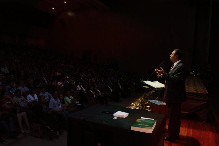 Xadrez de como, com jeitinho, Barroso beneficiou o Itau https://t.co/AF6bYVvysW