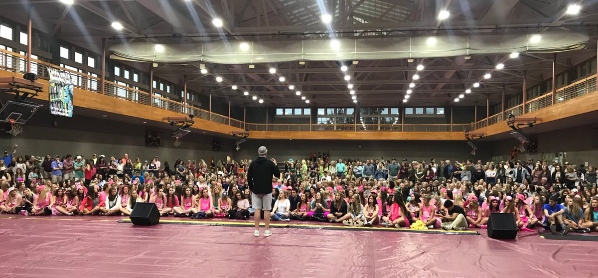 1️⃣ week until #SBW18 and @BallCoachJoeMo is speaking to the massive turnout at Derby Days! #HailState🐶 #MoorStudents #MoorFans