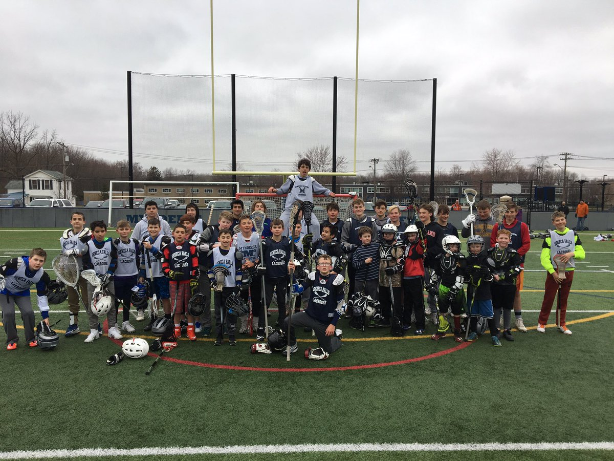 Mynderse boys lacrosse team puts on youth clinic Saturday