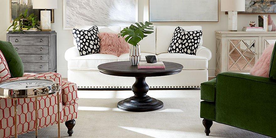 Http://bit.ly/2qvE7vX #customfurniture #upholstery #getthelook  #interiordesignpic.twitter.com/ZOREsN2Dq8
