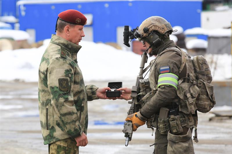 Rosgvardia (National Guard of Russia) Thread - Page 5 Dax7zLFW4AEI1Y2