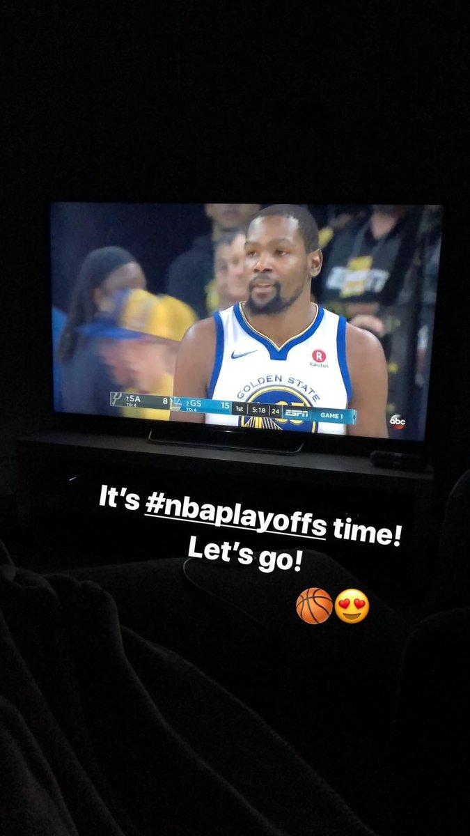 @NBAspain tiempo de playoffs! Vamos! 🏀🤓
