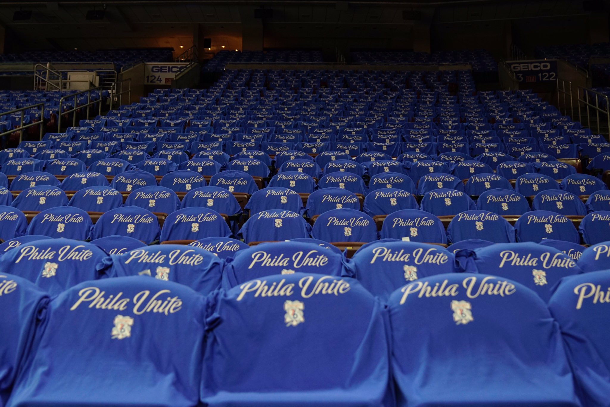 Shirts on every seat, courtesy of @RothmanOrtho & @TJUHospital.  #PhilaUnite x #HereTheyCome https://t.co/jFgp4kpevz